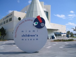 Miami Bayside Foundation Partners with Miami Children's Museum to Promote Summer Student Interships